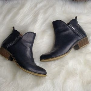 Lucky Brand 8.5 Ankle Booties Zip Sides